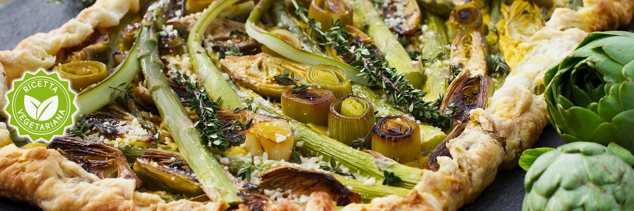 Torta salata con asparagi, carciofi porro e zafferano