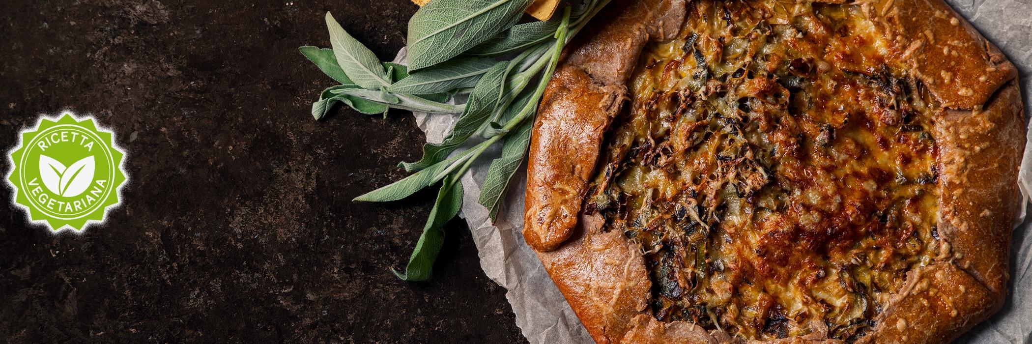 Torta salata di farina integrale con verdure e salvia